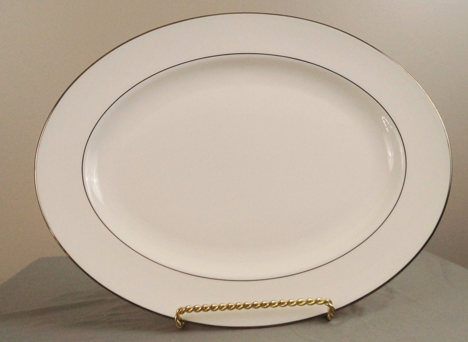 Lenox Continental Dining Platinum 16 Oval And Similar Items