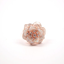 New Elegant Bronze Floral Design Luxury Ring With Beautiful Crystals In Center - $14.35