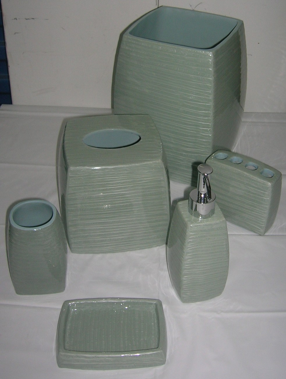Brand New 6pc Bathroom Set Bathroom Accessories Sage Color