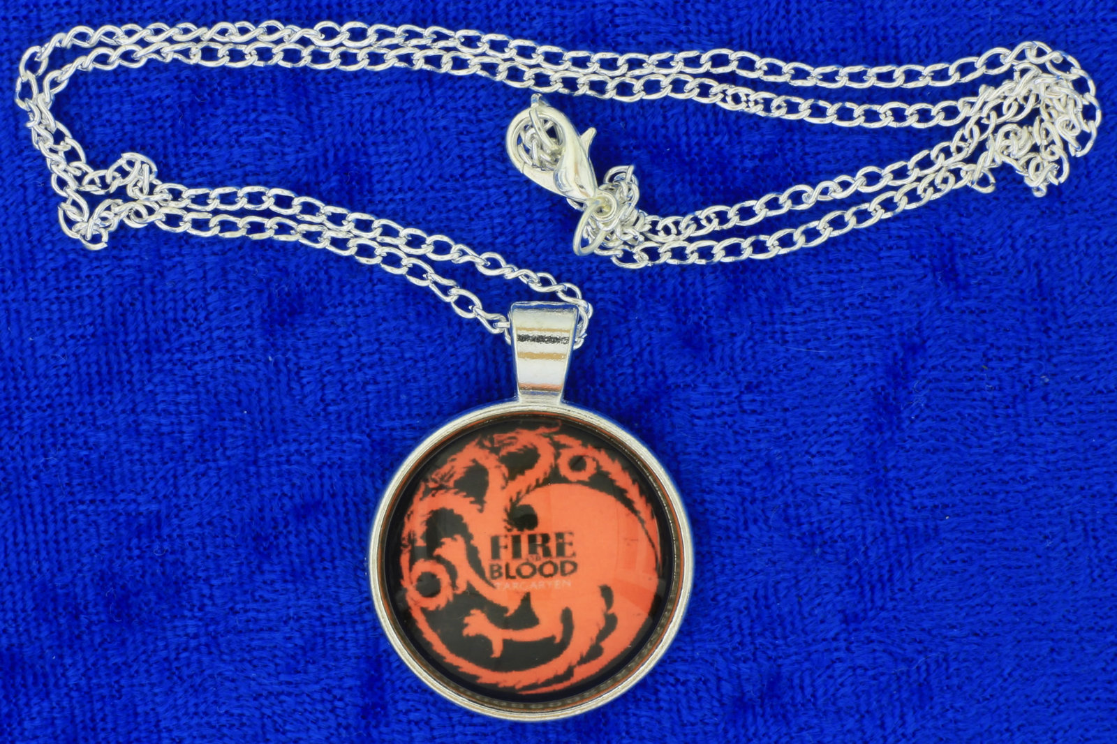 Targaryen fire   blood dragon cabochon necklace silver