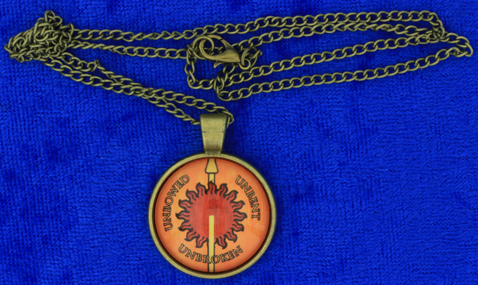 House martell necklace cabochon