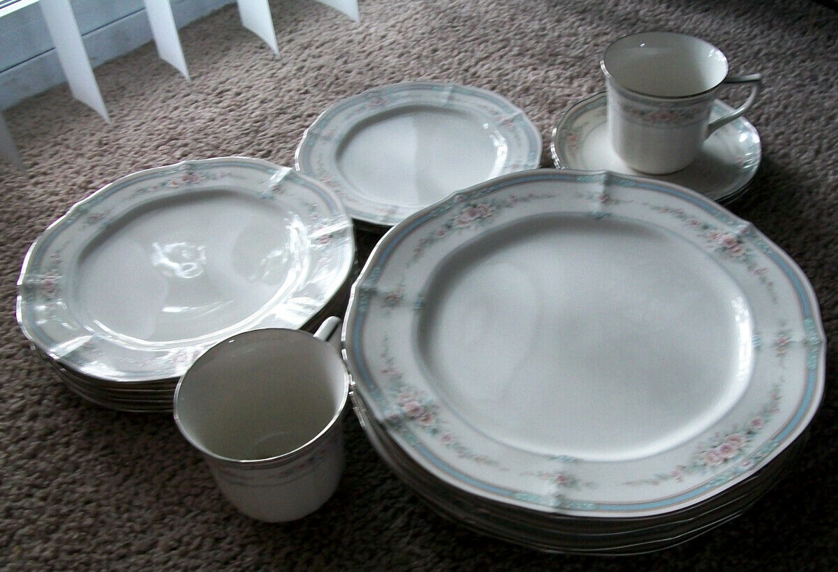 Primary image for Noritake Rothschild Fine China  Partial Service 4 - Total 14 Pieces