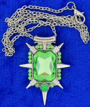 Zelena Wicked Witch Necklace Once Upon a Time Green Small Chain Length C... - $5.49+