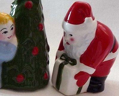 CLAY ART Salt & Pepper CHRISTMAS EVE Santa Child ChristmasTree RETIRED N Vintage image 4