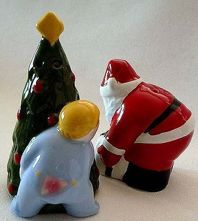 CLAY ART Salt & Pepper CHRISTMAS EVE Santa Child ChristmasTree RETIRED N Vintage image 3