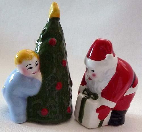 CLAY ART Salt & Pepper CHRISTMAS EVE Santa Child ChristmasTree RETIRED N Vintage