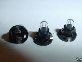 RADIO AND CAR DISPLAY TWIST TYPE LIGHT BULB 9-12 VDC LAMP - $4.95