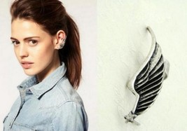 Vintage Wing Shaped Clip Single Earring(Antique Silver) - $5.99