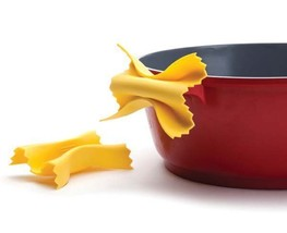 Kitchen Gadgets Original Design Chef Pasta Tools Gifts Pot Grips Garlic ... - $20.72