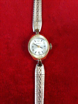 Vintage Benrus Ladies Watch Gold Tone,Winding Watch,Gold Tone Band. - $74.99