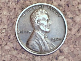 1925 Lincoln Wheat Cent - Nice Details - Nice Grade/Condition For It's Age image 1