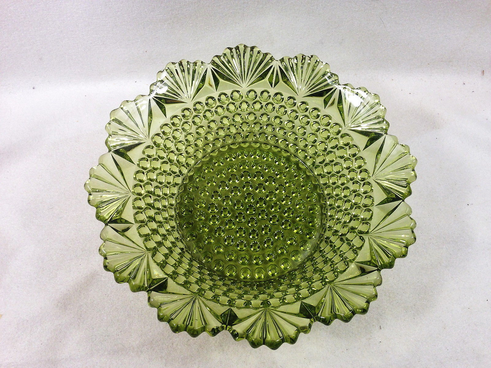"""Imperial Glass 742 VERDE Green Hobnail and Fan 8.5"""" Bowl Elegant Very Fine"""