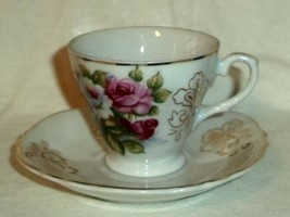 Red & White Roses Demitasse Cup & Saucer Gold Trim Made in Japan - $9.49