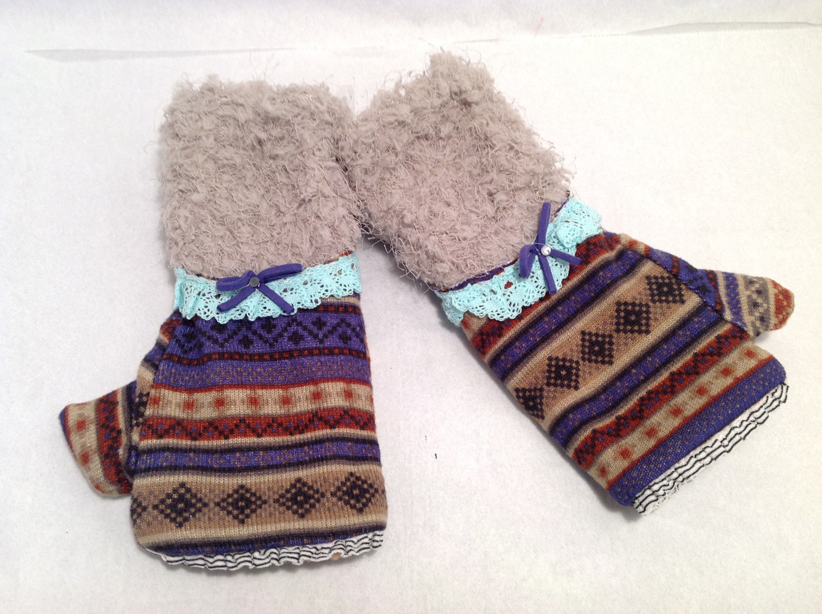 "Mad About Style Fingerless Knit Gloves ""Ugly Sweater"" Look w/ Faux Fleece & Lace"