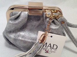 Mad About Style Mini Pouch Bag Change Purse Pebbled Silver w/ Gold Tone Hardware image 3