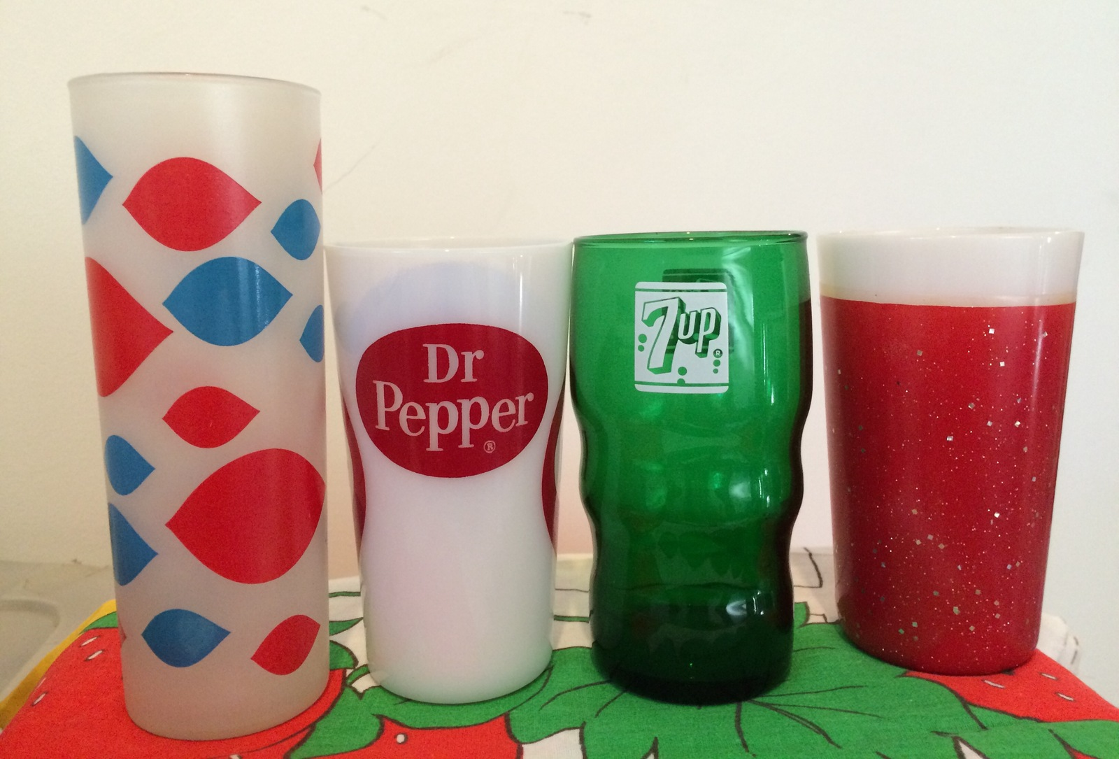 "dr pepper seven up case analysis Case recap dr pepper/seven up, inc is the company which produces the brand squirt ""squirt is a caffeine-free, low sodium carbonated soft drink brand with a distinctive blend of grapefruit juices that gives it a tangy, fresh citrus taste."