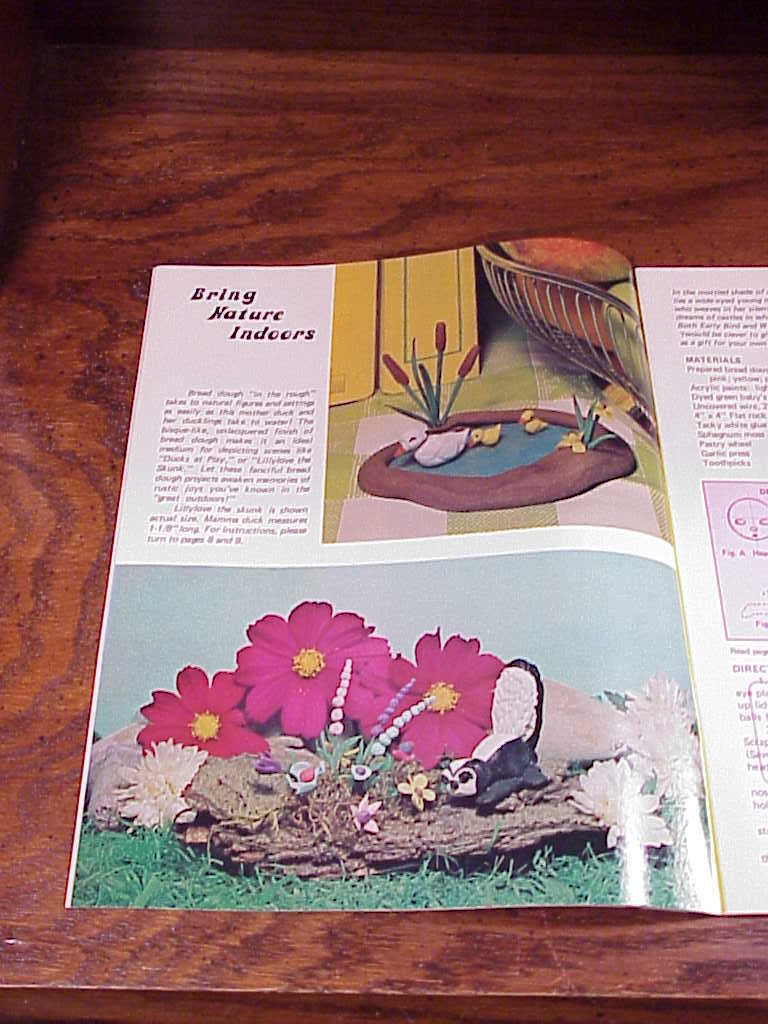 1973 Bread Dough Miniatures Crafting Booklet, H 214, Kitchy, lots of projects