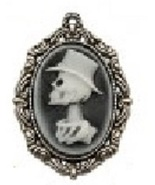 Male Crypt Cameo Needleminder cross stitch acce... - $7.00