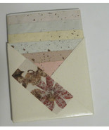 Handmade Floral Stationery 5 x 7 in Origami Pouch - $12.53