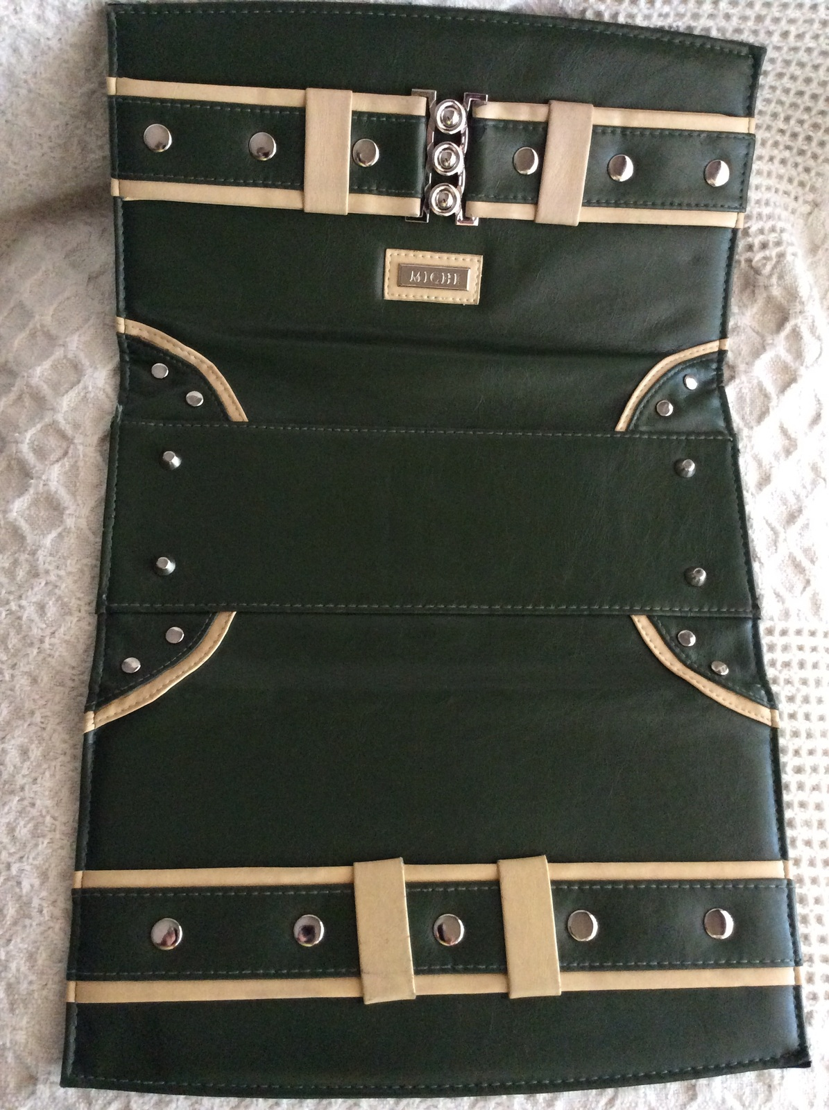 Miche Classic Shell Darla Olive and Beige belt w/ silver rivets
