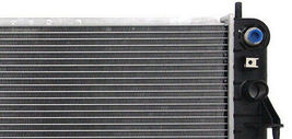 RADIATOR GM3010146 FITS 00 CADILLAC DEVILLE DTS MODEL WITH EOC image 3