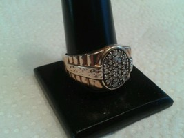 10KT. YG ROUND CUT NATURAL DIA'S. PAVE RING, SZ. 10.  ( MSRP $899.00 ) - $177.37