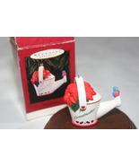 Hallmark Keepsake GRANDMOTHER Ornament Dated 1995 - $7.26