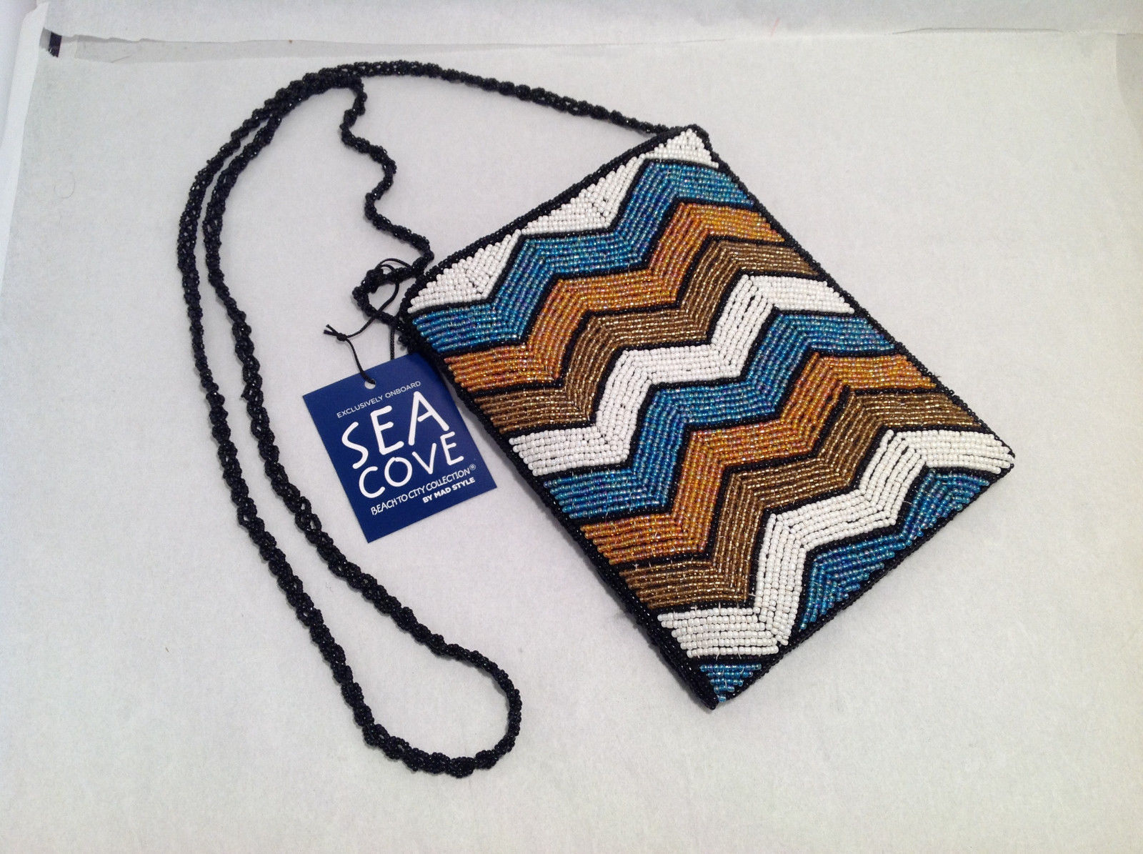 Sea Cove Mad Style Women's Beaded Purse White Blue Brown Chevron Black Crochet