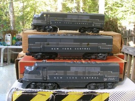Lionel Postwar 2185W Nyc F-3 Freight Set Magne Traction Boxed - $950.00