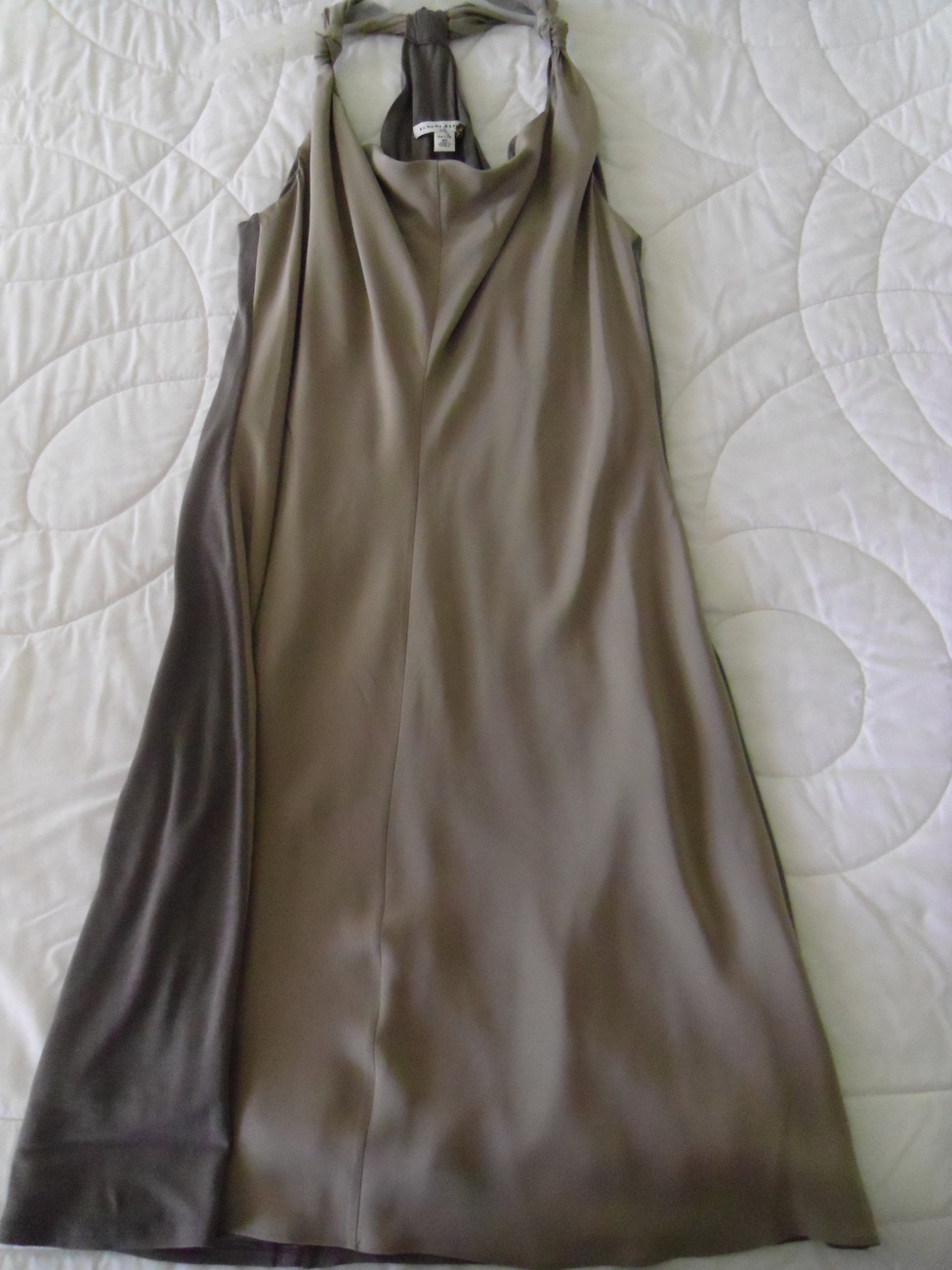NEW BANANA REPUBLIC SLEEVELESS TAUPE COLOR SILK DRESS SIZE 8P