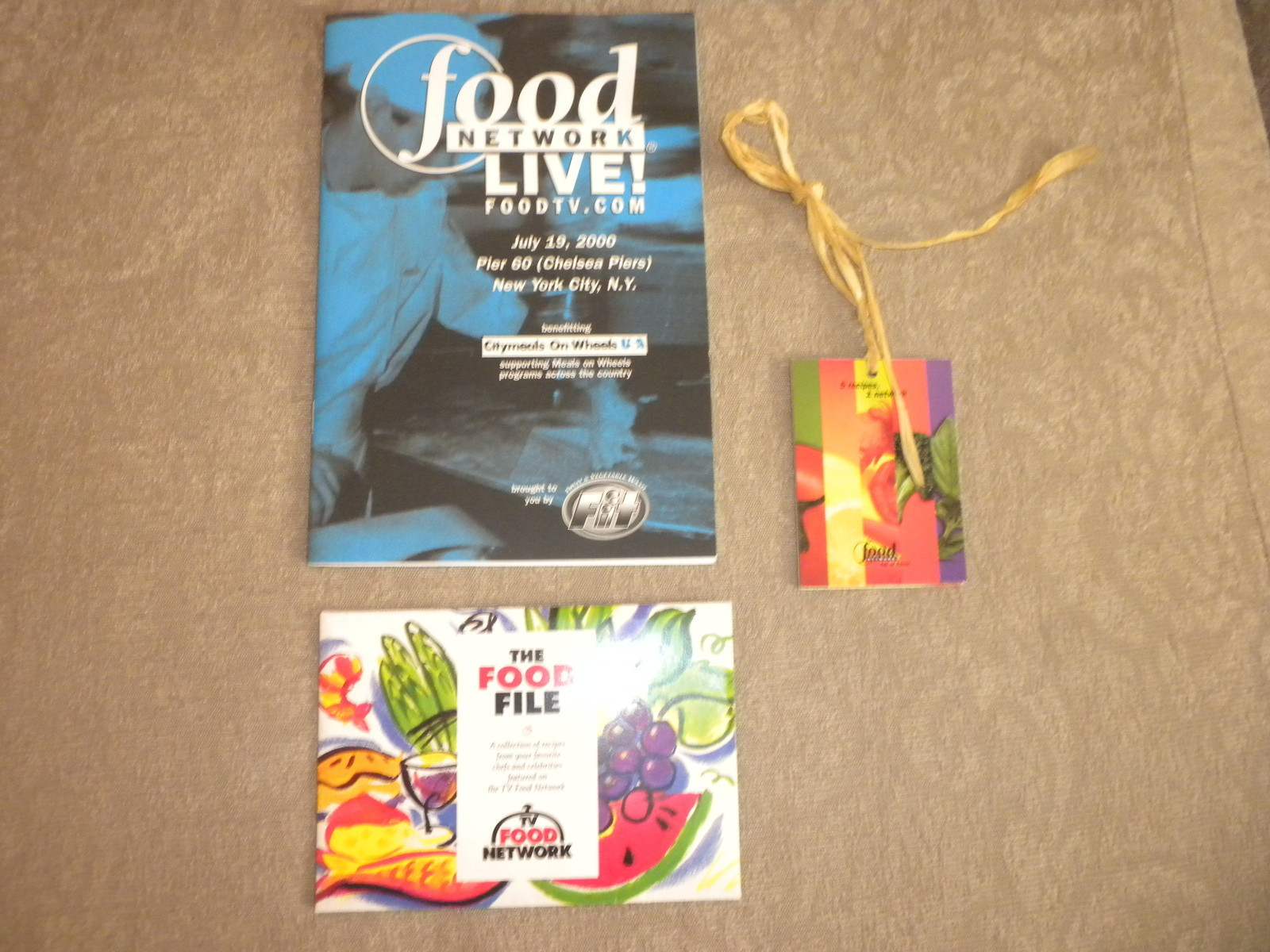 Primary image for Food Network advertising Chef card recipes & Network Live Tour Event Book 2000