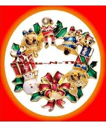 Christmas PIN Avon Wreath Goldtone Holiday Collectble @2010 - $23.71
