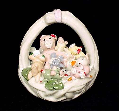 Primary image for Porcelain Pink Pigs Piggy in a Basket Figurine NIB NEW