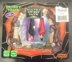 Lemax Halloween Spooky Town Cave Sweet Cave Vampire Lighted Animated Accent - $41.97