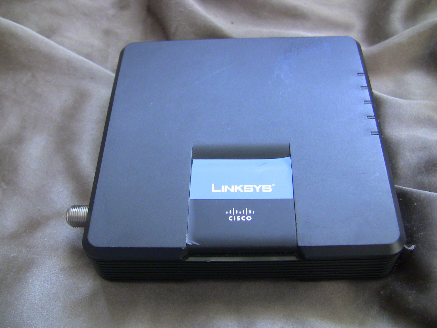 Linksys Cable Modem Cm100 No Power Cord and 14 similar items