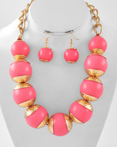 Da Vinci Chunky Statement Necklace Earring Set Gold Tone In Pink N5 - $27.50