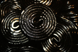 LICORICE WHEELS, 2LBS - $16.82