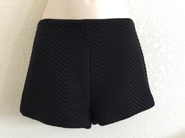 Urban Outfitters Coincidence Chance Chevron Black Quilted Shorts Size 2 - $22.40