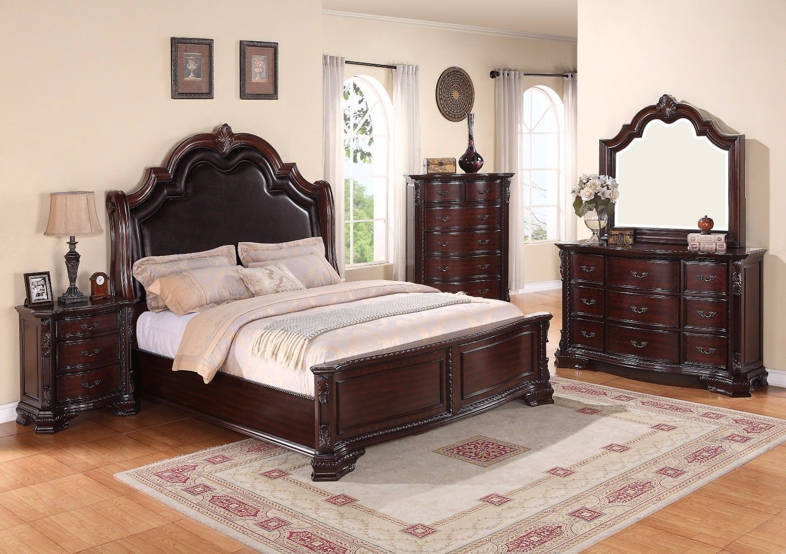 Crown Mark RB1100 Sheffield Queen Size Bedroom Set 5pc. Traditional Style