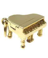14k Yellow Gold Vintage Grand 3D Piano Charm - €204,42 EUR