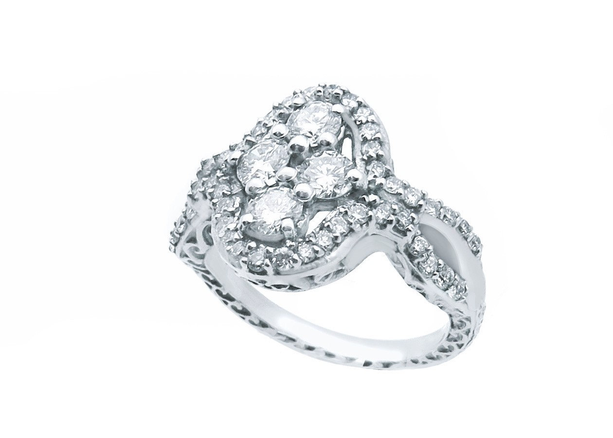 14k White Gold Oval-Cluster Cocktail Ring 1.00 ct