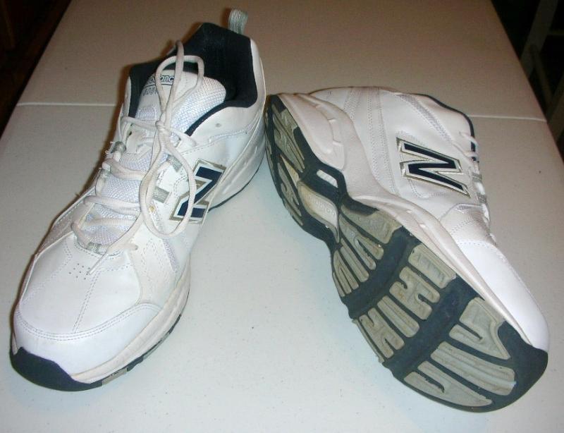 Walking Shoes New Balance Size 17D