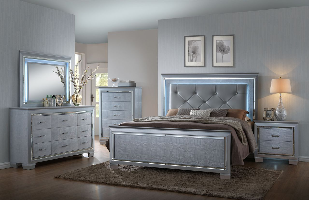 Crown Mark RB7100 Lillian Queen Size Bedroom Set 5pc. Glam Chic Contemporary
