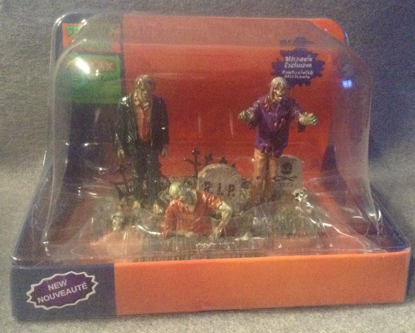 Lemax Spooky Town Halloween The Dead Reunion Zombie Grave Signature Table Accent