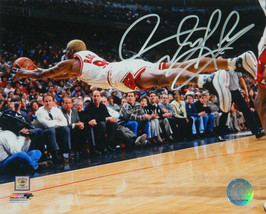 Dennis Rodman Signed Chicago Bulls Diving Action 8x10 Photo - $80.00