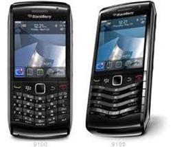 BlackBerry 9105 - Black / White - $119.11