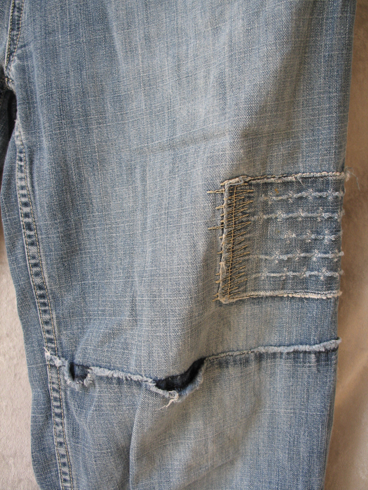 Pepe Jeans UK 32 x 25.5 size 18 (APPROX. USA SIZE 6 LADIES) ARTISTIC STITCHES