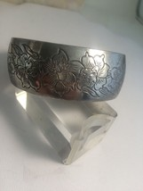Vintage Signed Kirk Stieff Flower of Month March Jonquil Pewter Cuff Bra... - $23.16