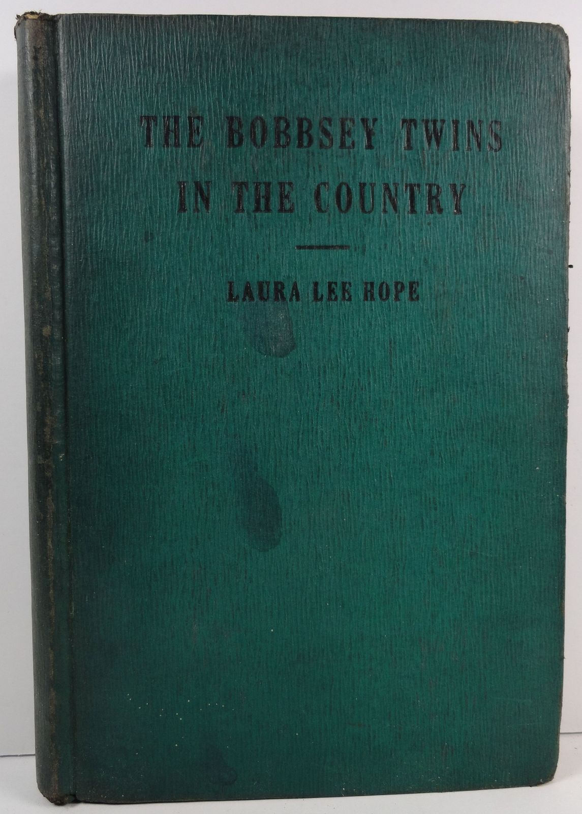 Bobbsey Twins in the Country Laura Lee Hope 1940 Saalfield
