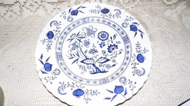J & G MEAKIN ENGLAND CLASSIC BLUE NORDIC BLUE ONION PLATE ENGLISH IRONST... - $7.69